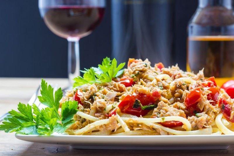 מתכון ספגטי עם פלפלים וטונה
