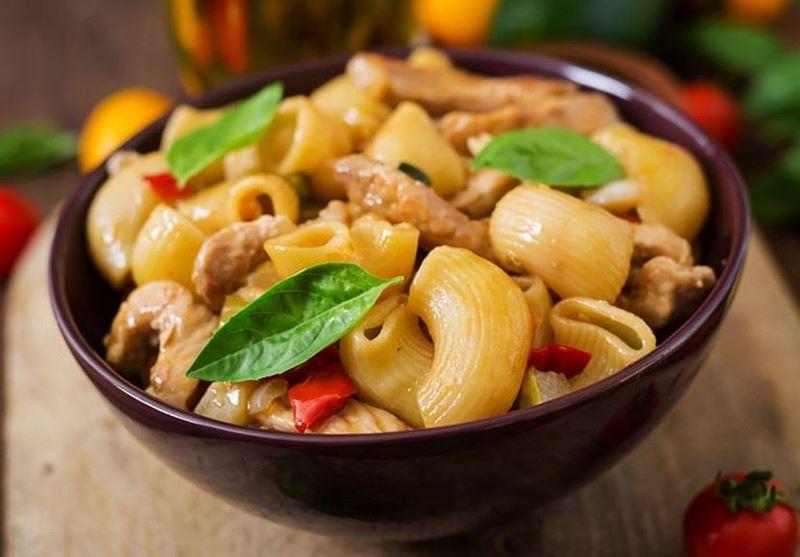 מתכון פסטה צ'וקה ברוטב עוף ופלפלים קלויים